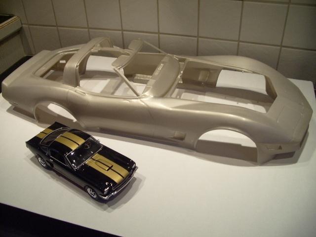 chevrolet corvette 1982 edition collector monogram au 1/8 - Page 2 398743photoscorvettemaquette012