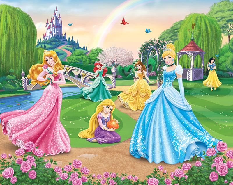 TR: Séjour en famille du 8 au 11 septembre 2015 - Castle Club - Début TR P-17 - Page 2 400162DisneyPrincessmural