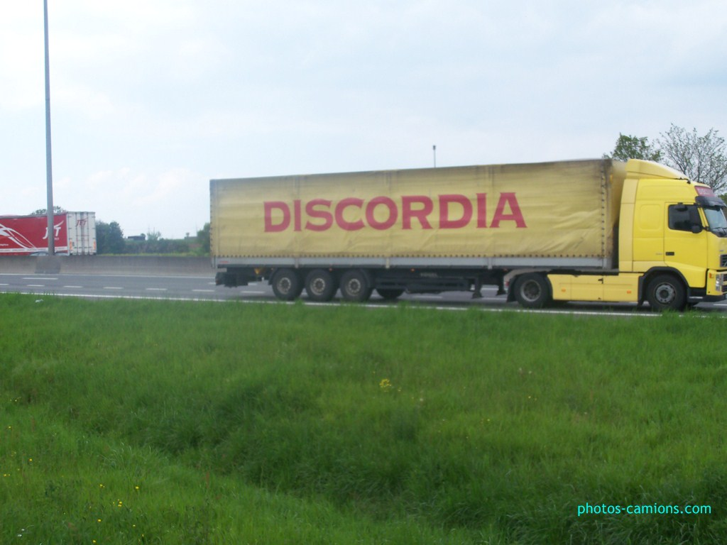 Discordia (Sofia) 403617photoscamions7mai2012174Copier