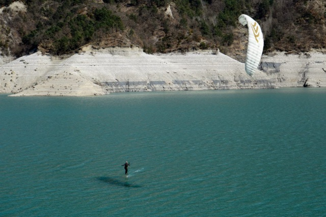 [VENDUE] Flysurfer Speed 3 - 21m - 800€ 403705103050709702777396497257293360844241103308n