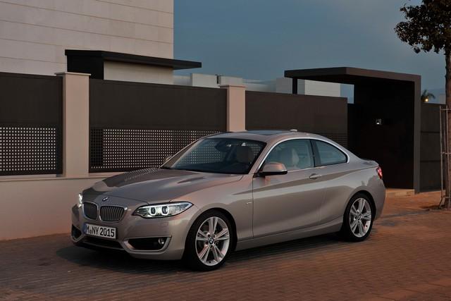 BMW Group au 92e European Motor Show Brussels 404384BMWSrie2Coup26