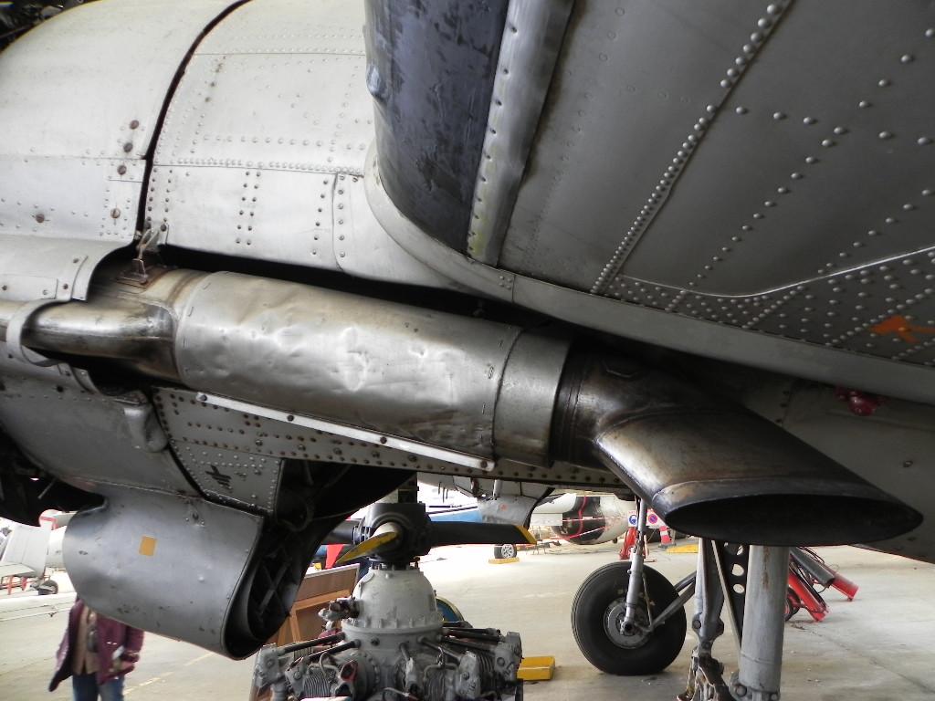 [ Les Musées en rapport avec la Marine ] Musée de l'Aeronautique Navale de Rochefort - Page 6 406209Dakota3