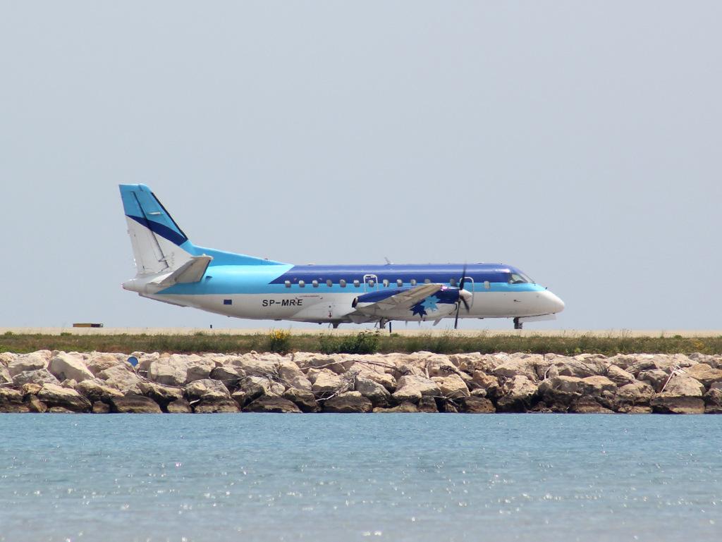 Aéroport de Nice Côte d'Azur , [LFMN-NCE] - Page 3 409352IMG0306