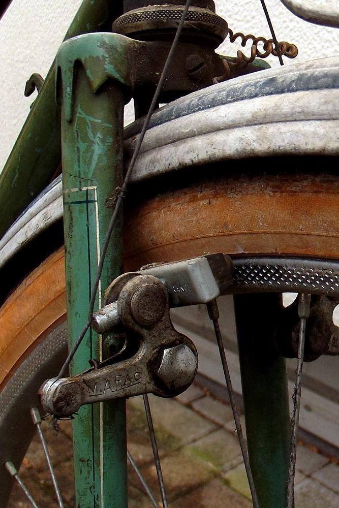 Peugeot années 50, PHR 55? 411697DSCF0392