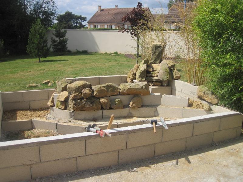 bassin 5/6 m3 semi enterré avec cascade et déversoir 413612IMG5879