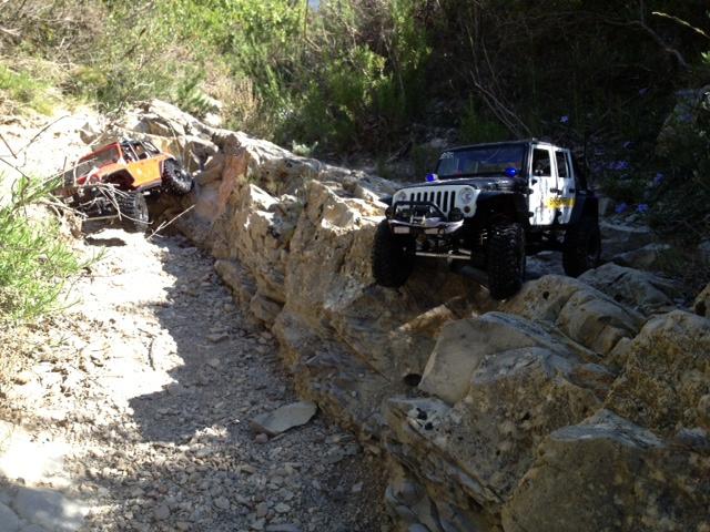 AXIAL SCX10 Jeep JK SHERIFF !! - Page 4 415443jeepjkSHERIFF41