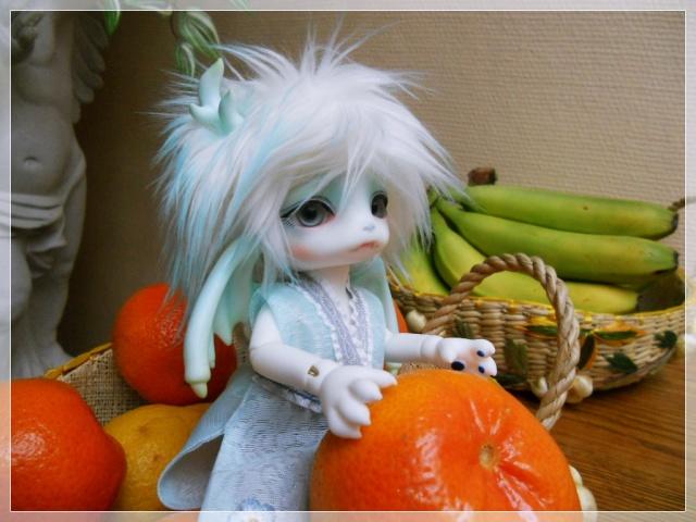 Nouvelles dolls : DimAria, LTF Ante et Lishe :) 419504Fruit3