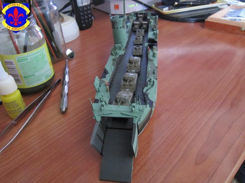 U.S. Navy Landing Ship Médium (Early) au 1/144 de Revell par Pascal 94 - Page 11 428690IMG43171