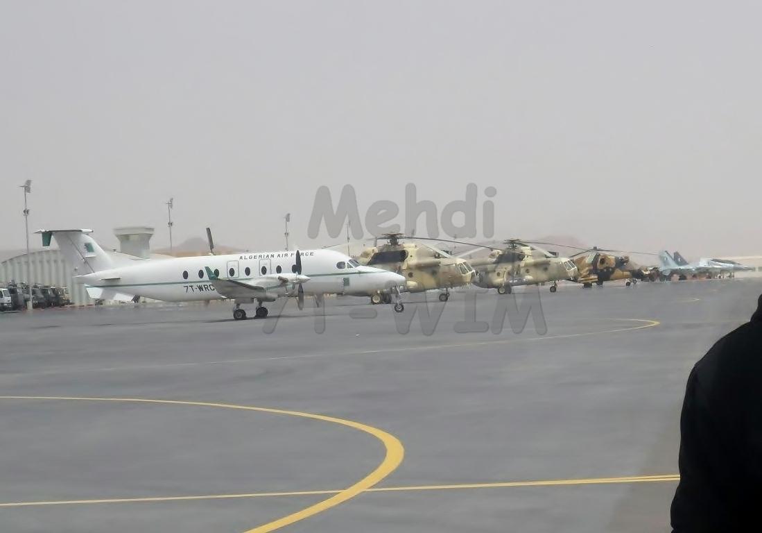 صور مروحيات Mi-24MKIII SuperHind الجزائرية 429406MiMil17100001