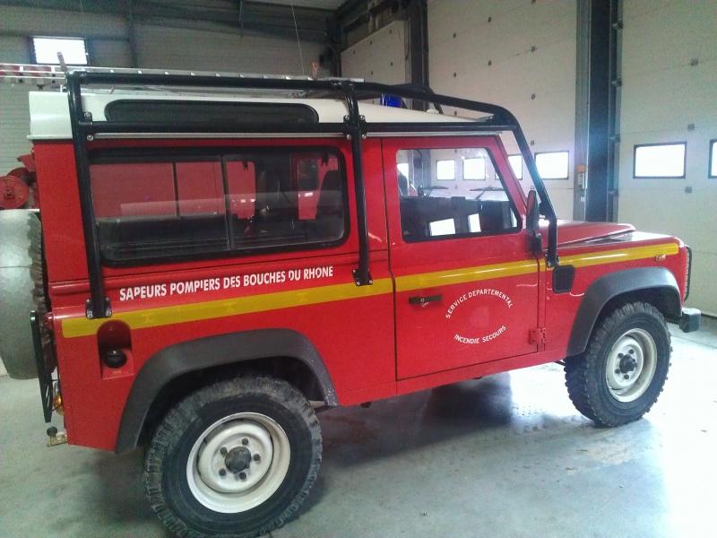 Defender 90 VLTT 'sapeurs pompiers des bouches du rhone 430540271