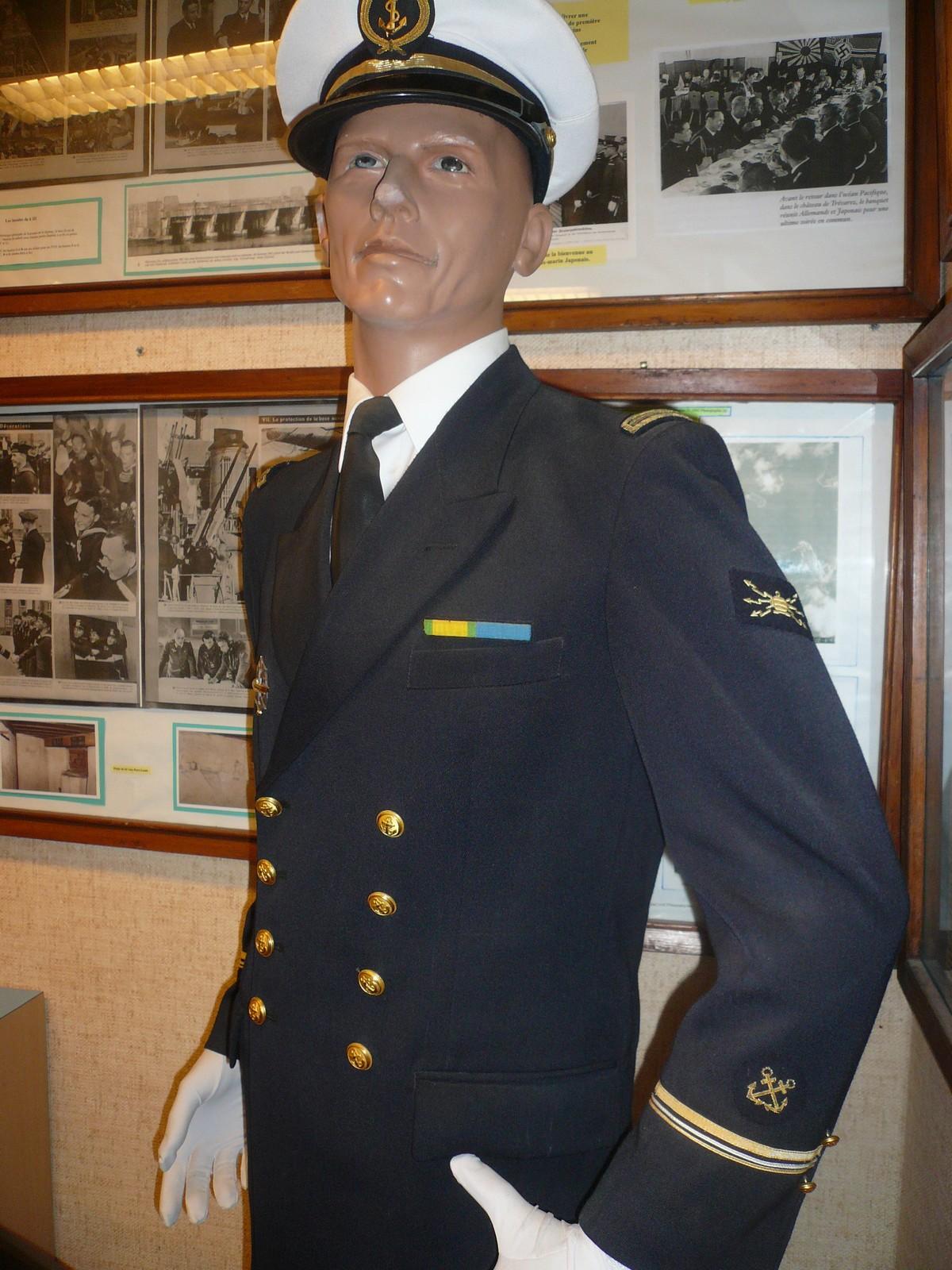 [ Associations anciens Marins ] Les membres du MESMAT nouvel équipage de la FLORE - Page 5 4337123aufaitquellesp