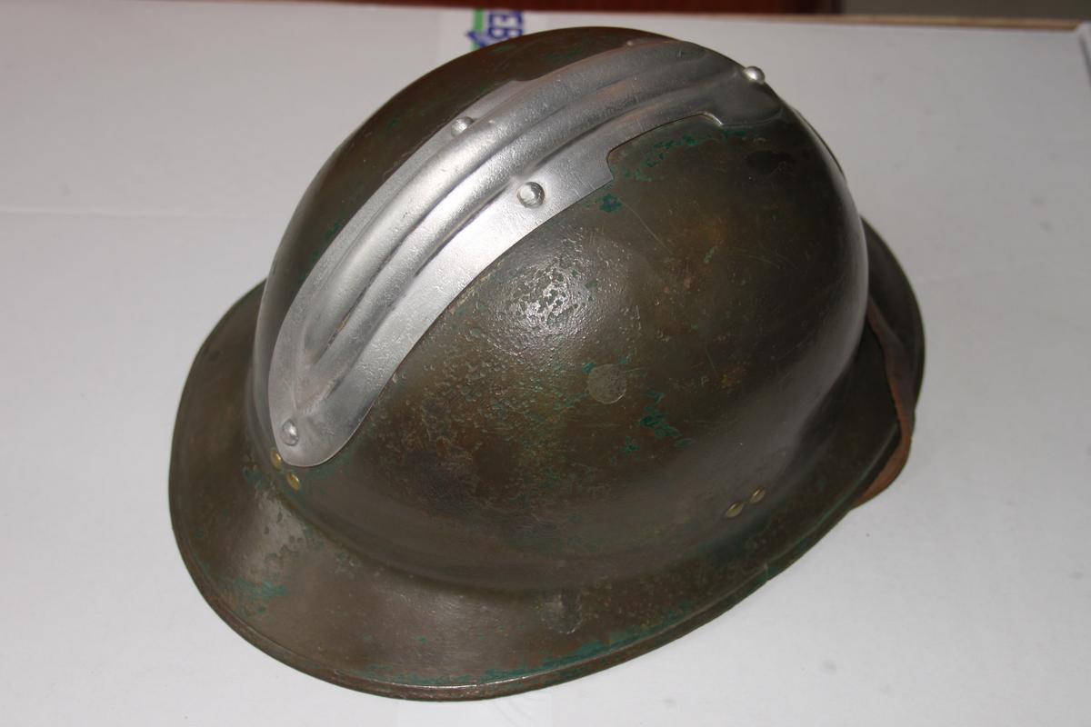 Reçu ce jour... mon premier casque WW2 ! 437884scIMG7988