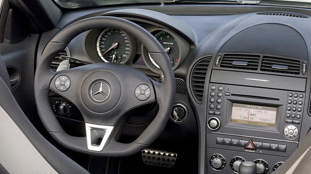 boite auto sans position M 437909MercedesBenzSLK55AMGtableau