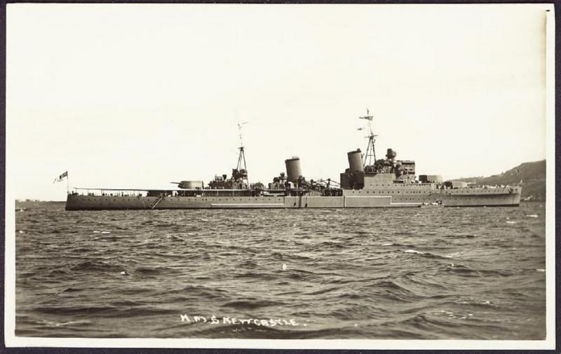 ROYAL NAVY CROISEURS LEGERS CLASSE TOWN (1936) 437962HMSNewcastle4