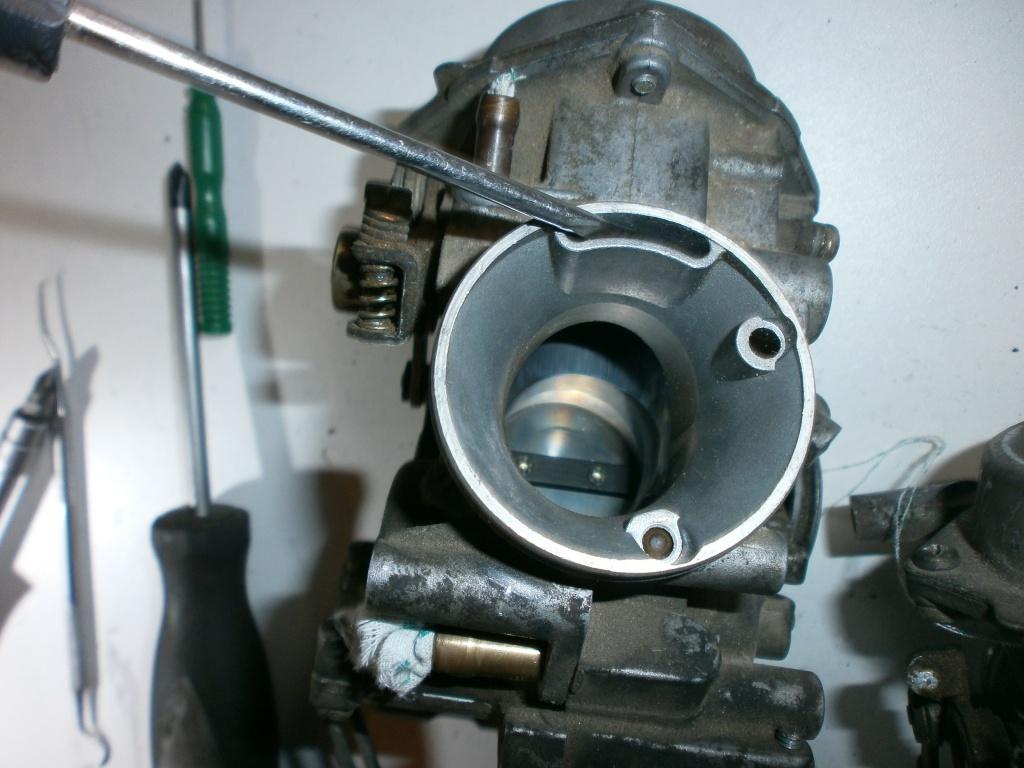 Nettoyage carburateurs de transalp 600 439621P1310008