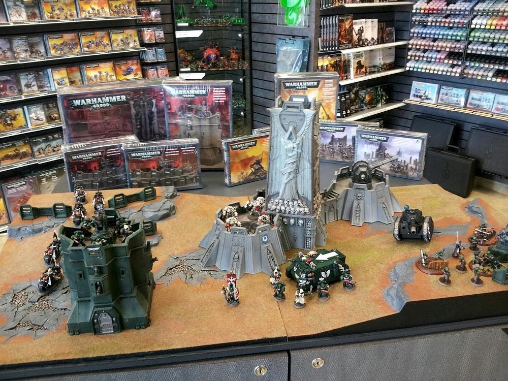 Warhammer 40K (figurines diverses trouvées sur internet! ) - Page 17 439901bastionetforteresse