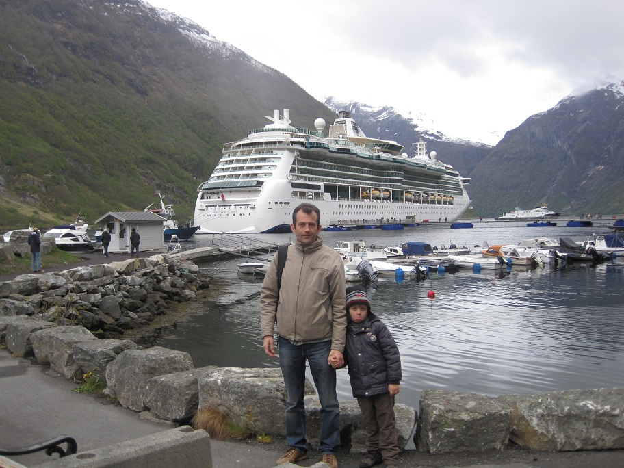 'The happiest place on Earth' en famille - octobre 2014 & Norwegian fjords - mai 2015 - Page 7 439939IMG3889