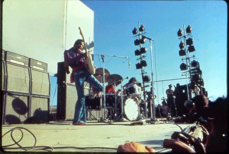 San José (Santa Clara County Fairgrounds) : 25 mai 1969 - Page 3 443468Couleur44