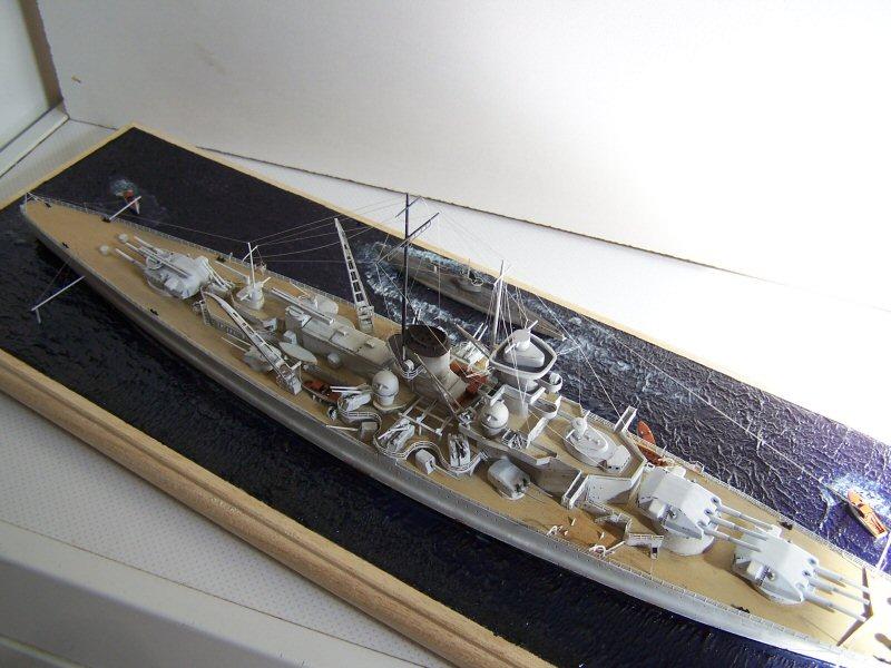 Dkm Scharnhorst 1938/39 airfix 1/600 - Page 5 451896Dkm_Scharnhorst_100