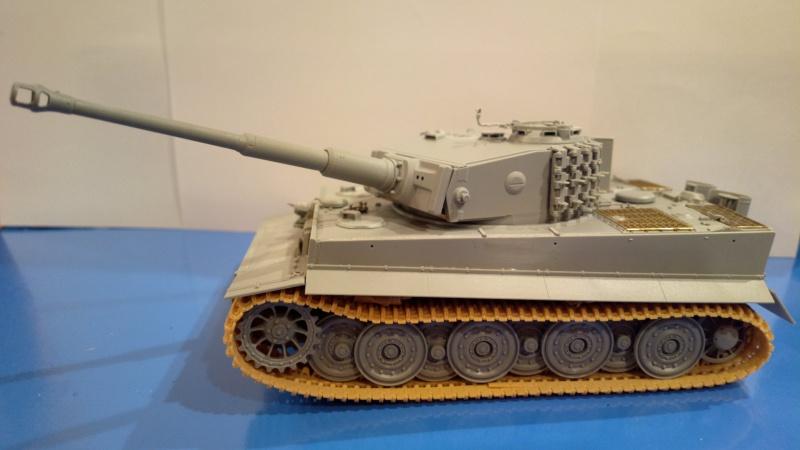 Pz.Kpfw.VI Ausf.E TIGER I ; DRAGON 1/35. 452404201408212465