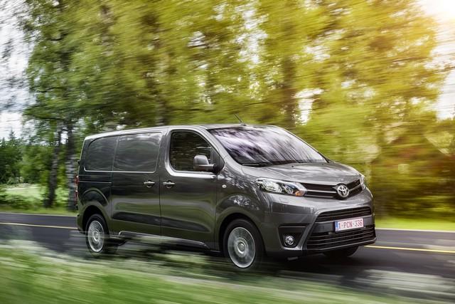 Toyota Annonce Les Prix De La Nouvelle Yaris 4542102016proaceact02