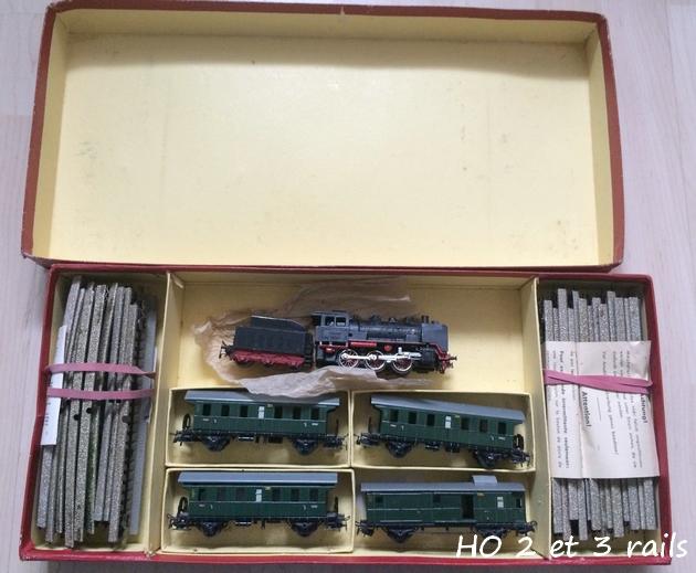 Coffrets Märklin 1936 - 1968 (rouges, noirs, verts ou bleus) 455011MrklinZugpackungRM82941R