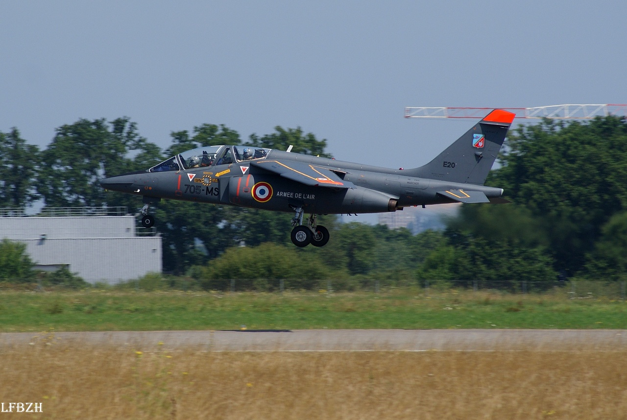 Stampe, Dash 8, Écureuil & Alpha Jet le 25/07/14 455033DSC07458