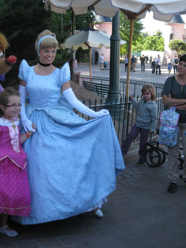 [Disneyland Paris] Séjour de rêve au Disneyland Hotel du 23 au 26 mai 2011 - Page 2 455783IMG3213