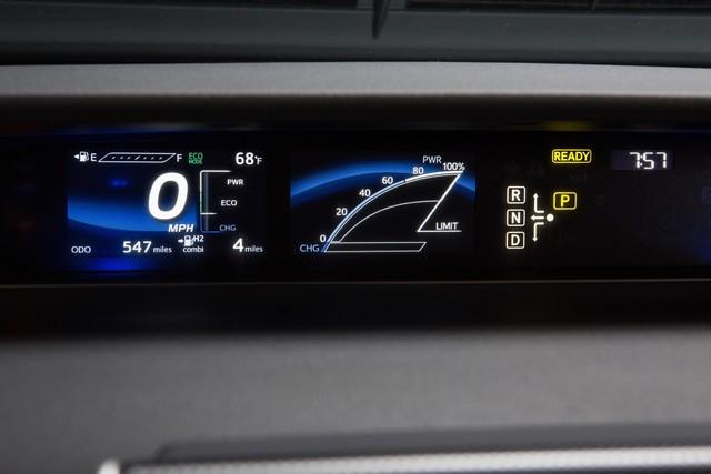 """Toyota se projette dans le futur avec la berline à pile à combustible 'Mirai'"""" 4603102016ToyotaFuelCellVehicle023"""
