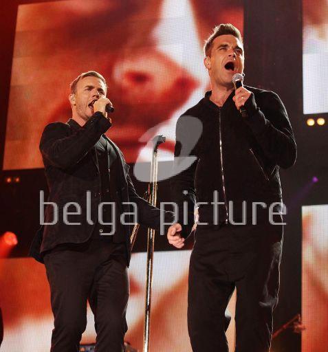 Robbie et Gary au concert Heroes 12-09/2010 46462122291951