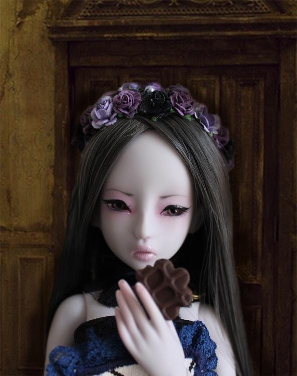 Nymeria (Sixtine Dark Tales Dolls) nouveau make-up p8 - Page 4 4693171ergteau