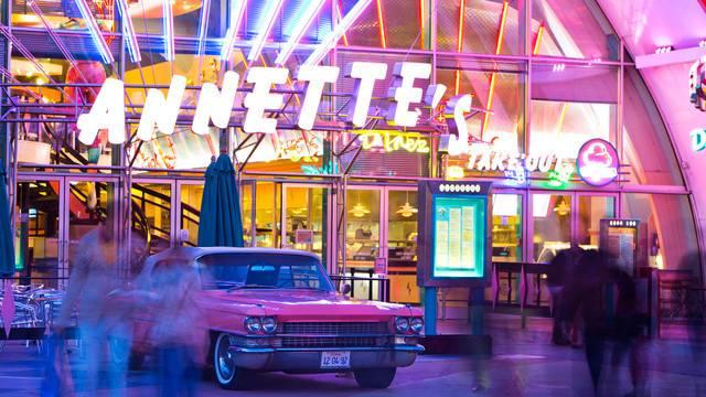 Annette's Diner (Disney Village) - Page 7 4709082115004213636157104137606227790977956311598n