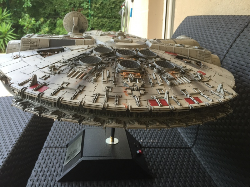 Collection n°150 : Mikajedi - Page 5 471498MILLENIUMFALCON5