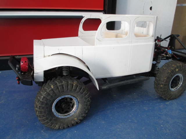 Futur projet, Dodge Legacy power wagon - Page 2 472520IMG1412
