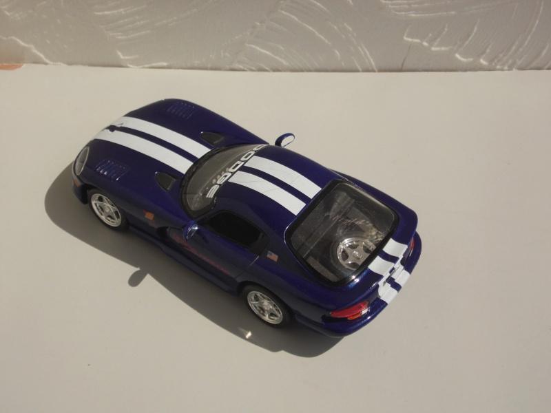 Dodge Viper RT10 et GTS. 472883SAM5028
