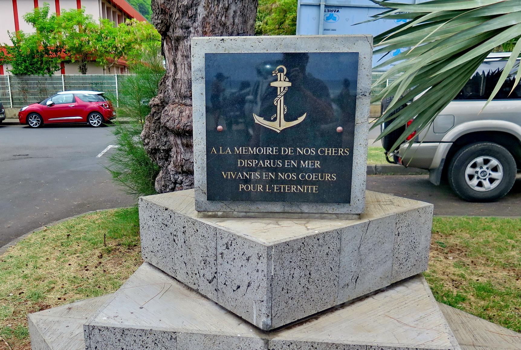 [Vie des ports] Les ports de la Réunion - Page 3 473131stpierrestleu150