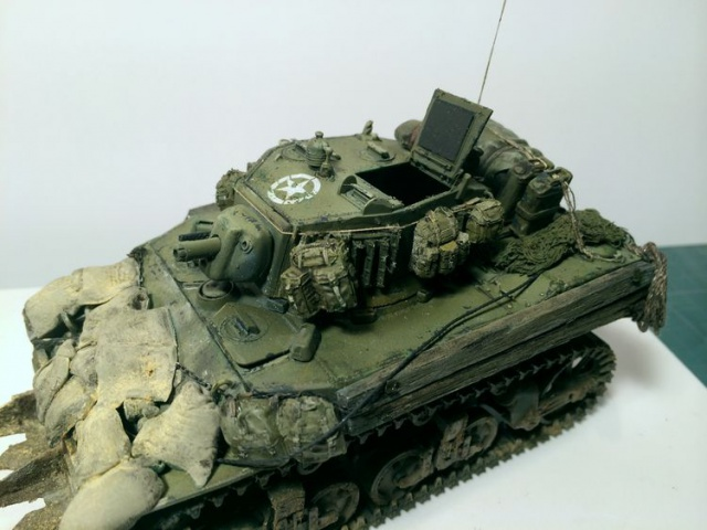 stuart M5A1 (afv au 1/35)normandie - Page 2 473140iphone3007