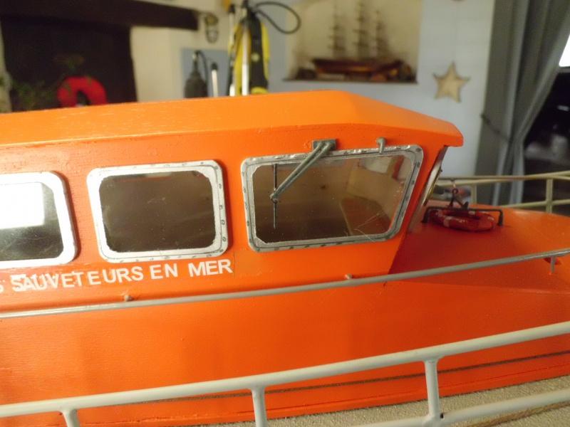POURQUOI PAS II canot 17.60m SNSM Saint-Malo sur plan au 1/20° - Page 6 476010CIMG3132