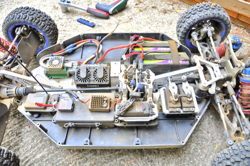 Projet LOSI 5ive Brushless - Page 2 480348DSC0022