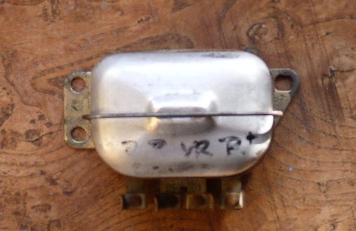 electronique - TS : fabrication d'un régulateur électronique spécifique 6v 484524P1030160