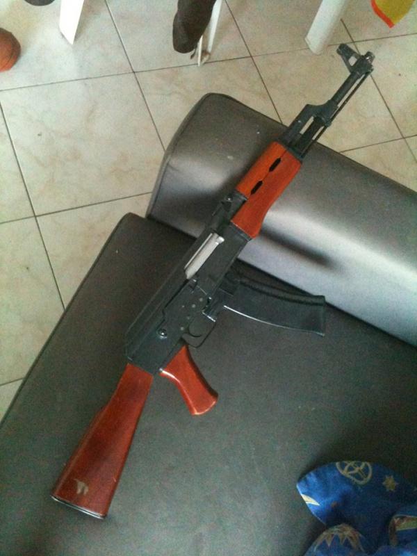 [AK-47] La réplique sortie du grenier... 48631010984214102053175399165882793751979346032167n