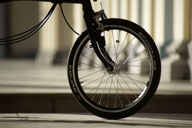 - Jante et rayon : améliorer les roues du Brompton - Page 8 486874DSC07371