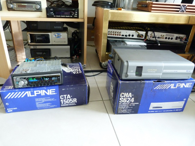 //////Alpine CTA 1505, un super tuner pour un système évolutif! 486897P1130654
