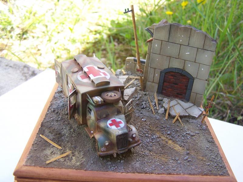 Opel Blitz Ambulance Normandie été 1944 - Page 2 4888991005897