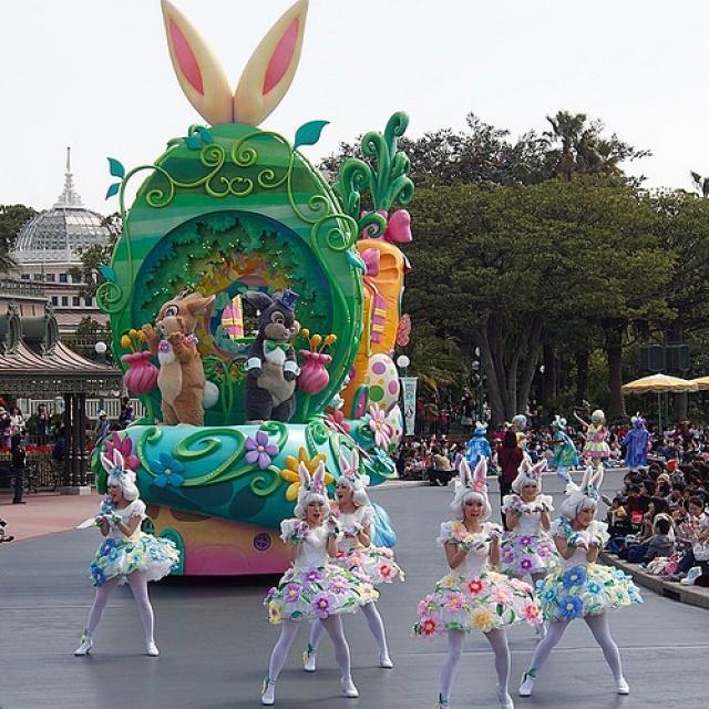 [Tokyo Disneyland] Nouvelle parade : Hippiti-Hoppiti Spring Time (du 2 avril au 23 juin 2014) 492781tds9