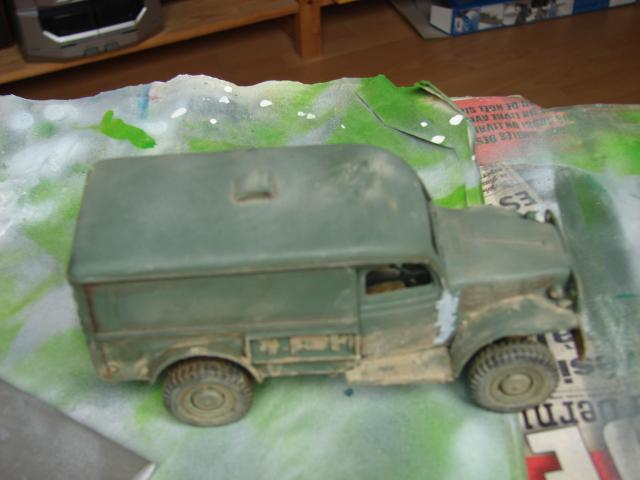 dodge cargo 1/35 Bilek fini enfin lol - Page 3 493369PHOTOS044