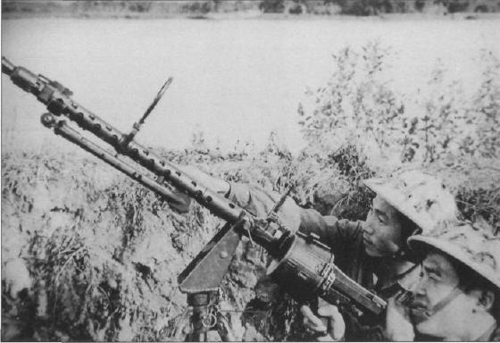 le matériel allemand en Indochine 494991mg34v10