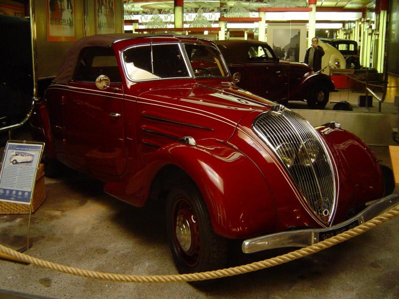 Musée de l'aventure Peugeot 496355sochauxmontbelliard122006053