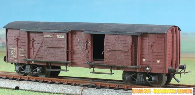 Wagons couverts à bogies maquette  497385VBcouvertBogiesTPUSmaquetteliedevinIMG3537R