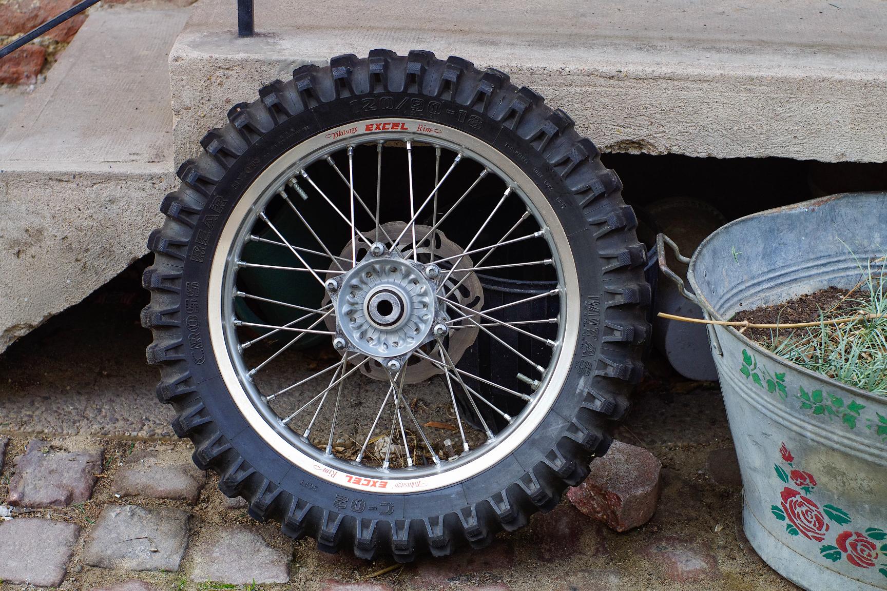 Jantes + freinage Husaberg 2001. 499620jpeg6031